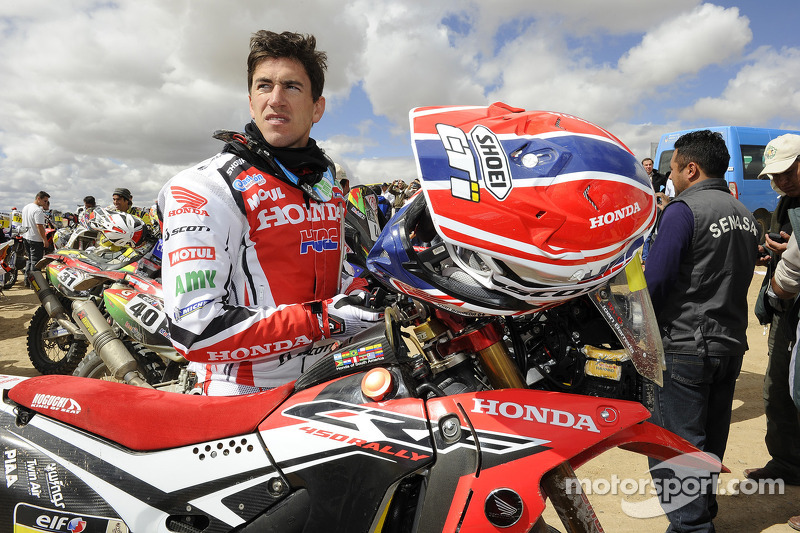 Barreda finishes second at the salt flat day in Bolivia