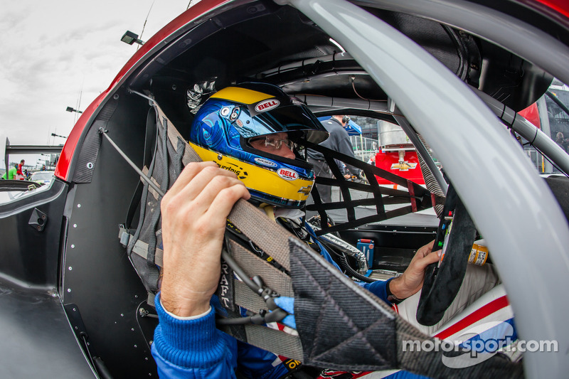 Bourdais continues IndyCar series win streak at Rolex 24