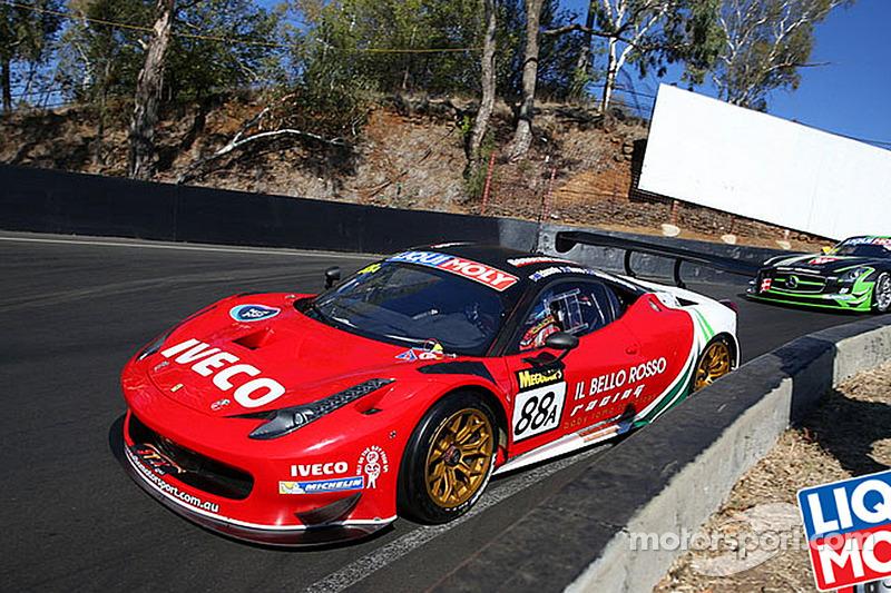 Bathurst 12 Hours: Ferrari wins in final sprint