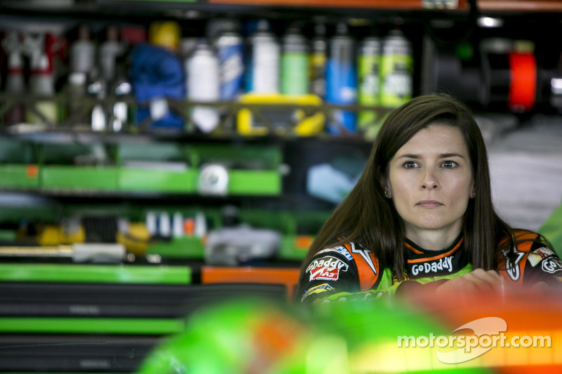 Danica Patrick: All eyes on the prize at Talladega