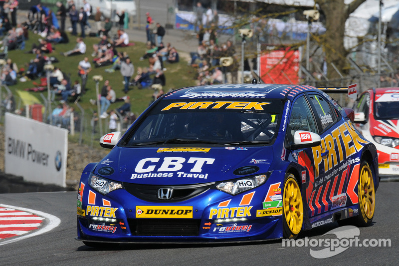 Andrew Jordan speeds to Thruxton pole position