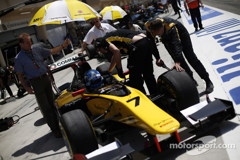Palmer leads the way in free practice