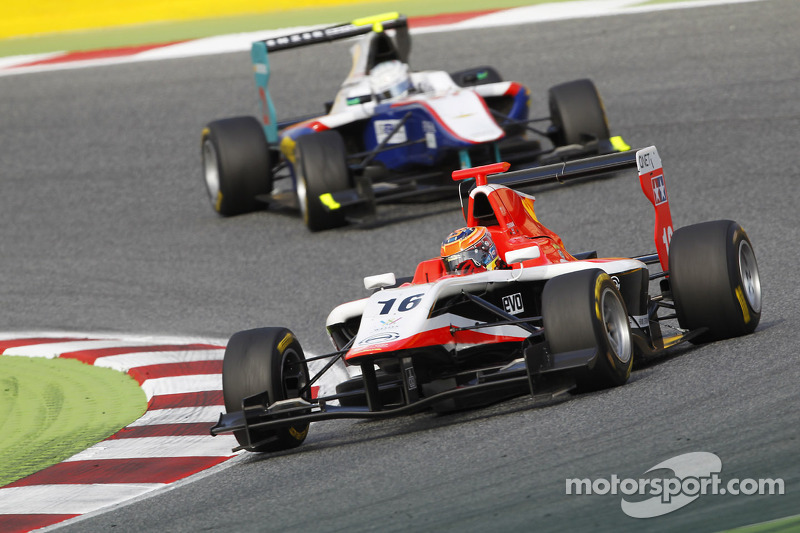 Stoneman holds off Tuscher to win Barcelona race 2