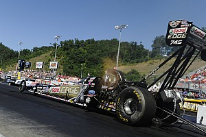 NHRA Qualifying report B. Force, Hight, A. Johnson and Krawiec race to top after first day of qualifying at Route 66