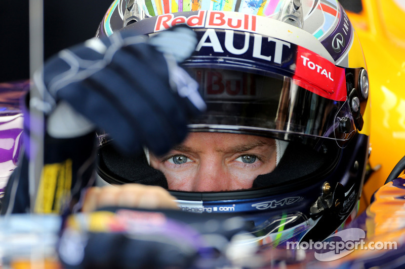 Vettel quickest in wet final practice at Silverstone