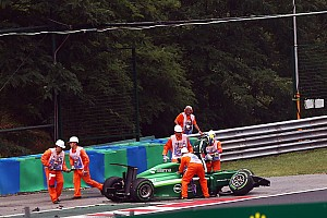 Formula 1 Breaking news Multiple wrecks plague early portion of Hungarian GP - Alonso out front
