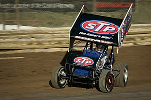 World of Outlaws Race report Tony Stewart Racing's Donny Schatz takes eighth Knoxville Nationals