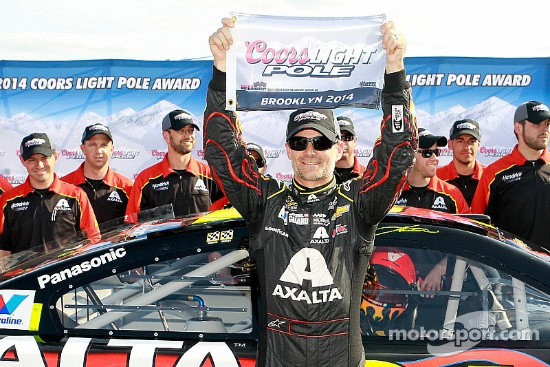 Jeff Gordon tops 205mph to earn Michigan pole