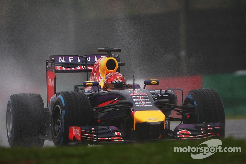 Third and fourth for Red Bull at a wet Suzuka