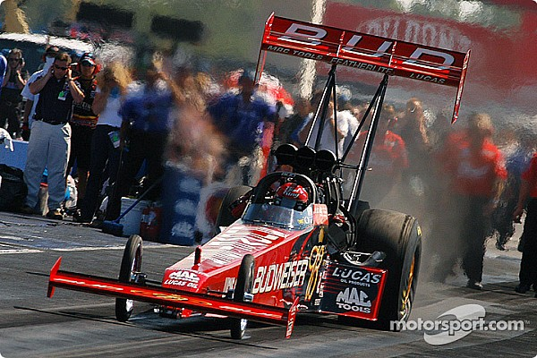 Top NHRA, IHRA tuner Dale Armstrong has died