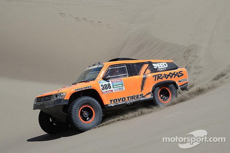 Robby Gordon posts third top-five finish in Dakar Rally at Stage 6