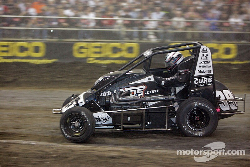 Stenhouse happy for Clauson, ready to take on Chili Bowl