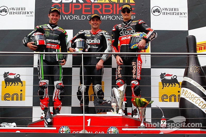 Haslam snatches victory from Rea at finish line