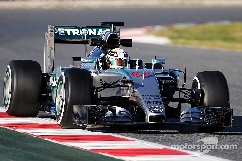 Mixed bag for Lewis Hamilton on day three at the Circuit de Barcelona-Catalunya