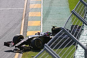 Formula 1 Race report Lotus: Both cars out of the race by the end of the first lap at Albert Park