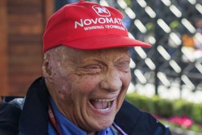 """""""Schau mal, mein Ohr!"""": Wie Niki Lauda eine Reporterin aus der Fassung brachte"""