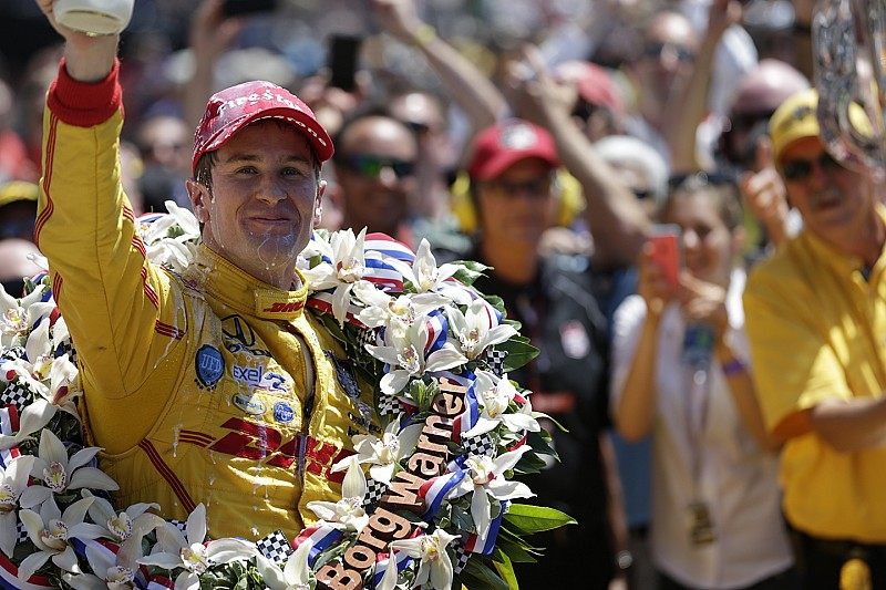 Hunter-Reay remporte l'Indy 500 dans un finish haletant !