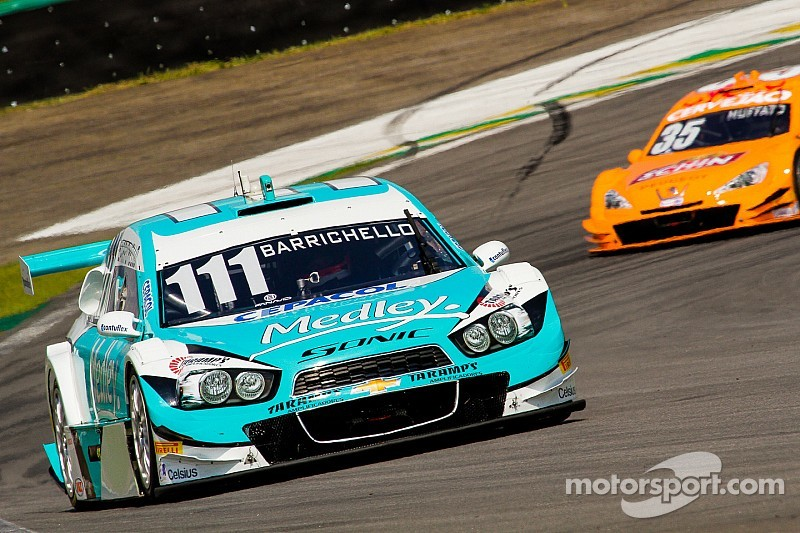 Brazilian Stock Cars: In mixed conditions, guest drivers show their pace
