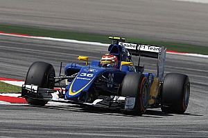 Formula 1 Practice report Raffaele Marciello debut on the Sauber C34 on the FP1 for the Malaysian GP