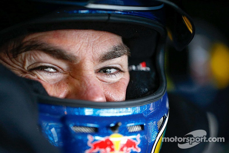 Lowndes goes two for two in Tasmania