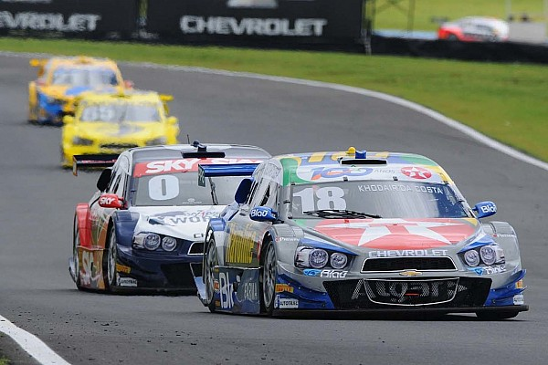 La serie de Stock Cars de Brasil por su segunda carrera