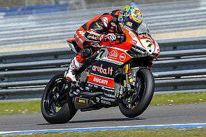 World Superbike Practice report Provisional pole for Davies and the Aruba.it Racing at Assen