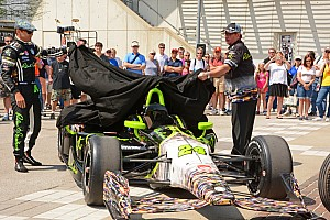 IndyCar Breaking news Townsend Bell pays tribute to Jeff Gordon with Indy 500 car