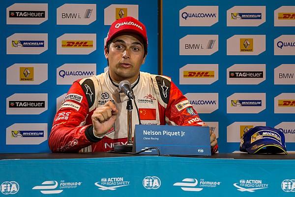 Piquet se quejó de di Grassi, rival por el título