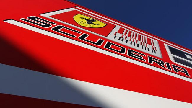 La Ferrari festeggia gli 800 Gp con un logo