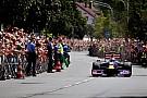 Il bagno di folla di Sebastian Vettel