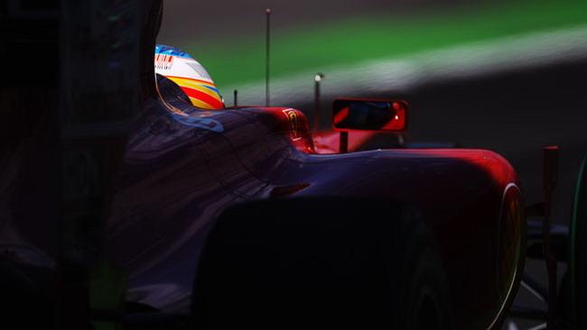 La Ferrari accelera nella realtà virtuale del simulatore