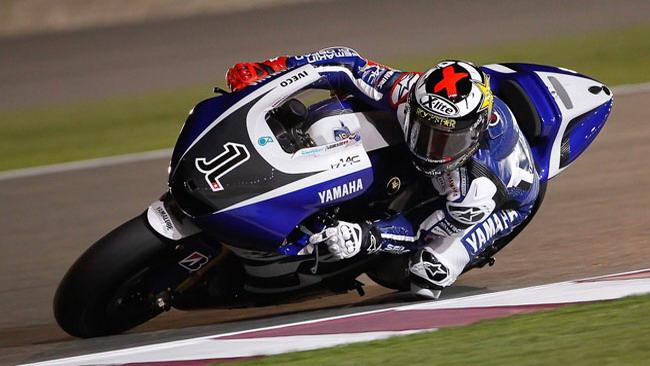 Le Yamaha si avvicinano alle Honda a Losail