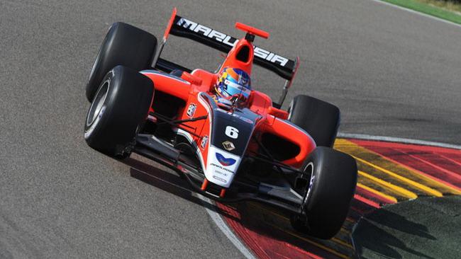 Wickens centra la pole position anche a Spa