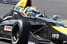 Melville McKee siglia la pole position ad Imola