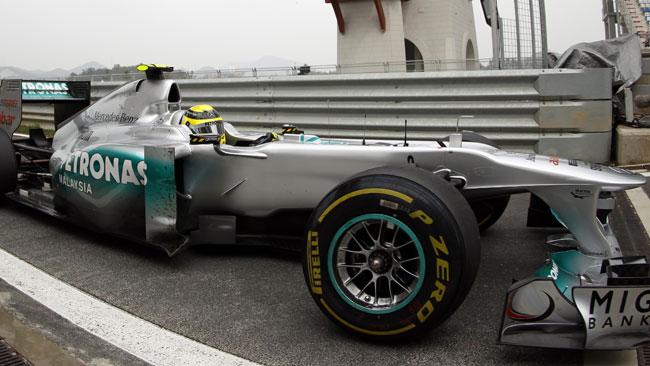 La Mercedes ha pronto il correttore d'assetto