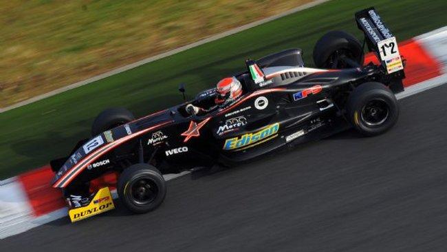 Juan Carlos Sistos terzo alfiere Villota Motorsport