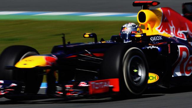 Barcellona, Day 1: Vettel chiude davanti a tutti