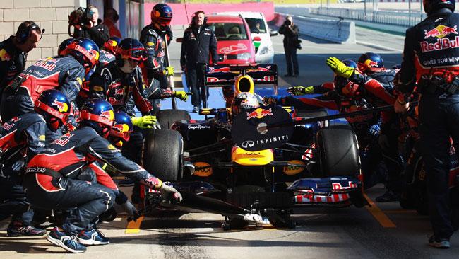 Barcellona, Day 2, Ore 16: Vettel sale secondo