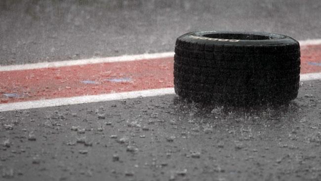 Gara 2 di Spa cancellata per un violento acquazzone