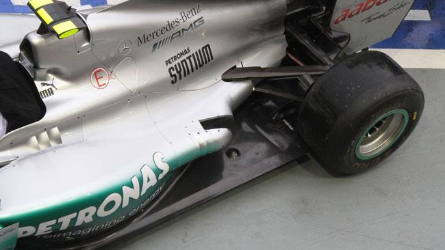 La Mercedes usa solo i nuovi scarichi