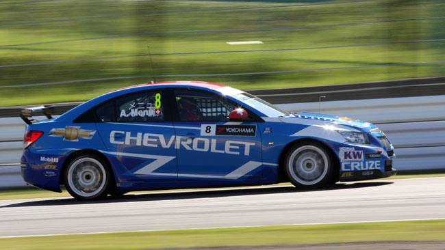 La pole di Menu regala il costruttori alla Chevrolet