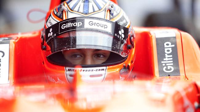 Evans al lavoro a Magny-Cours con la nuova GP3