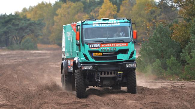 Iveco alla Dakar 2013 con il Team Petronas De Rooy