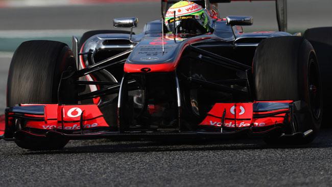 La McLaren mostra le pinne ad ala di gabbiano