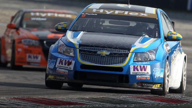 NIKA Racing aggiunge una Chevrolet Cruze alla griglia