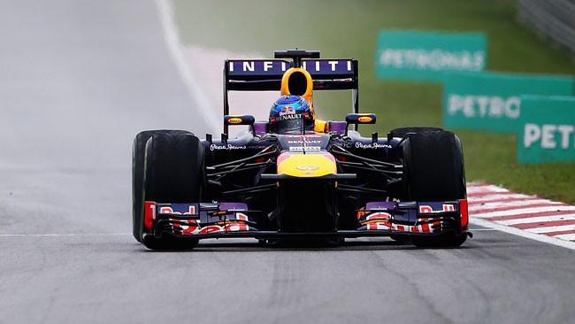 Doppietta Red Bull a Sepang e disastro di Alonso!