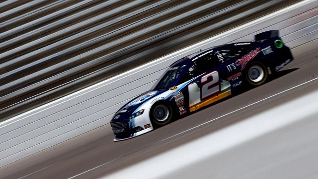 Mano pesante della NASCAR con la Penske