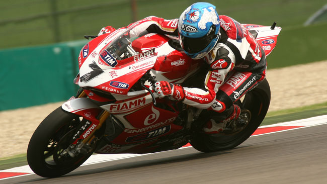 I soliti problemi rallentano le Ducati in gara