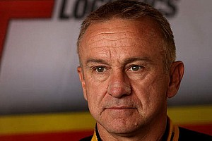 Supercars Ultime notizie Russell Ingall firma con la Lucas Dumbrell Motorsport