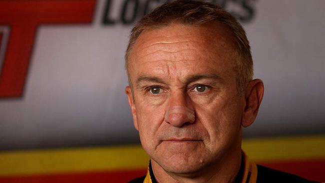 Russell Ingall firma con la Lucas Dumbrell Motorsport
